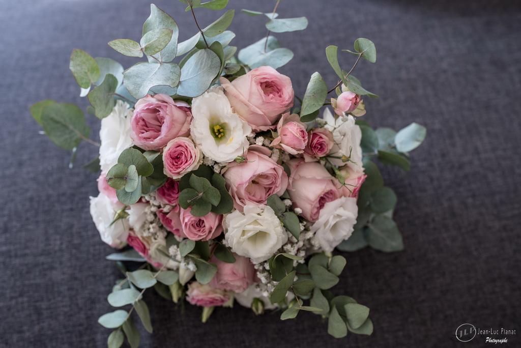 Fleurs-de-the-reves-fleuriste-mariage-var-et-Paca-93